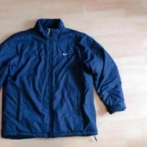 Продаётся зимняя куртка NIKE (Германия)