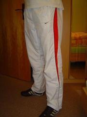 Продам спортивные брюки  NIKE  original